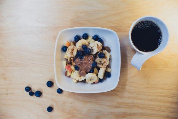 desayuno café frutas cacao