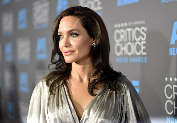 Angelina Jolie estaría arrepentida de pedir el divorcio a Brad Pitt  (Foto Michael Buckner/Getty Images for BFCA)