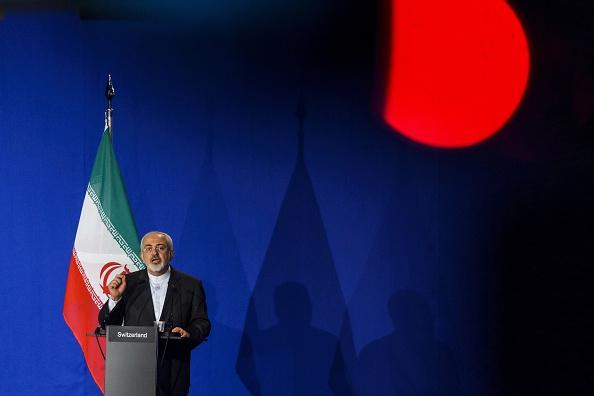 El ministro iraní de Relaciones Exteriores, Javad Zarif, en la conferencia de prensa en la que se anunció el acuerdo con Irán. (FABRICE COFFRINI/AFP/Getty Images)