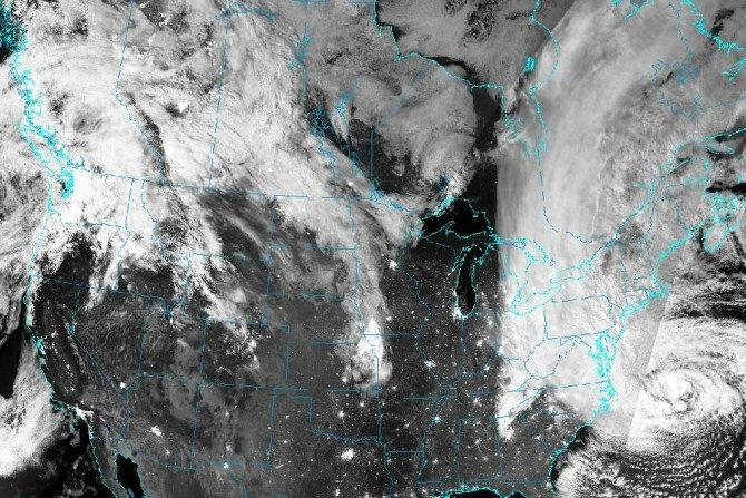 Huracán Sandy el 29 de octubre de 2012 afectó a las costas de Nueva Jersey destacándose por su poderoso efecto destructivo. ( NASA/ GOES)