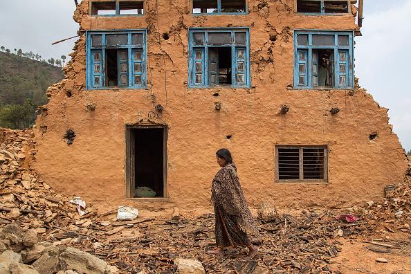 Una casa destruida en Kalchowk, Nepal. (Omar Havana/Getty Images)