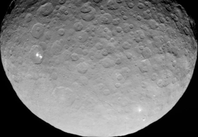Ceres en mayo de 2015 desde la nave espacial Dawn (NASA)
