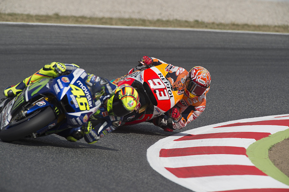 Lorenzo y Márquez en una carrera muy apretada hasta que Marc lamentablemente se cae. ( Mirco Lazzari gp/Getty Images)