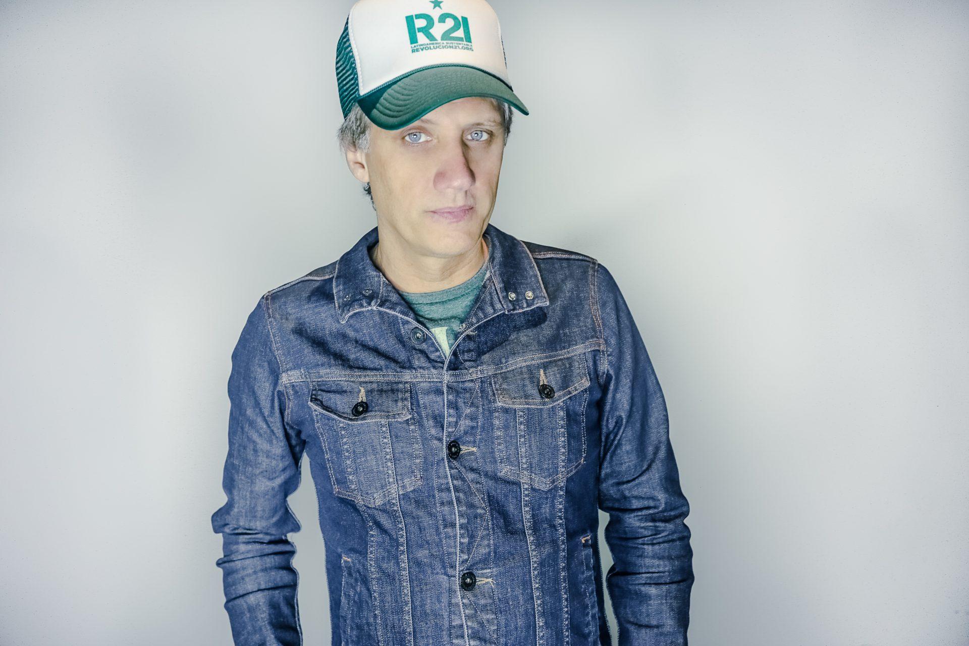 El ex Soda Stéreo Charly Alberti liderando la revolución ambientalista del siglo XXI