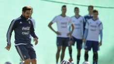 Argentina va por un triunfo necesario frente a Uruguay