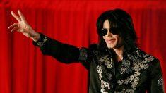 Fans conmemoran el fallecimiento de Michael Jackson (video)