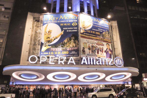 Buenos Aires se emociona hasta las lágrimas con El Rey Mono