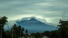 Activan protocolos preventivos por fase eruptiva en volcán de Colima