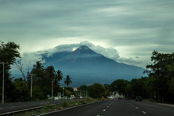 Vista del Volcán de Colima, del 17 de junio de 2015. (HECTOR GUERRERO/AFP/Getty Images)