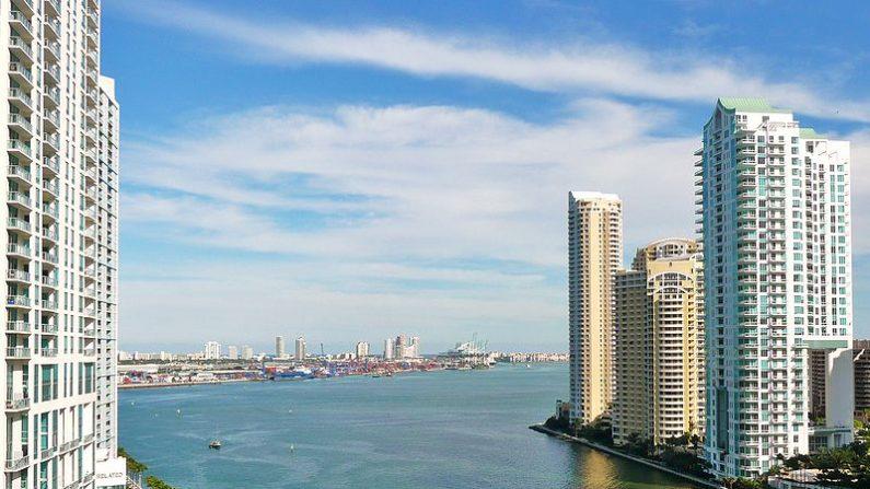 Miami, la ciudad costera de Estados Unidos, es una de las que resultarían afectadas por una mayor altura del nivel del mar, pronosticada por los científicos. (Marc Averette/ Wikimedia Commons)