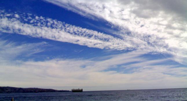 Entre las actividades positivas del ser humano están las recreativas y los paseos diarios. Costa de Villa del Mar. Chile (Foto A. Gubin La Gran Época)
