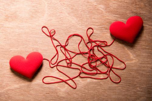 hilo rojo corazón