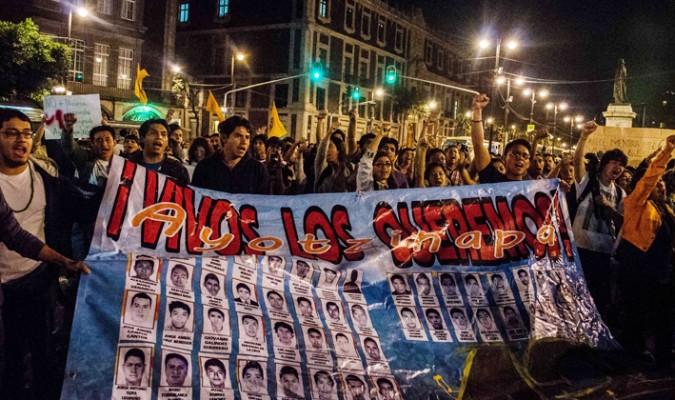 México ha sido escenario de diversas manifestaciones por la desaparición de 43 estudiantes en 2014. (voanoticias.com)