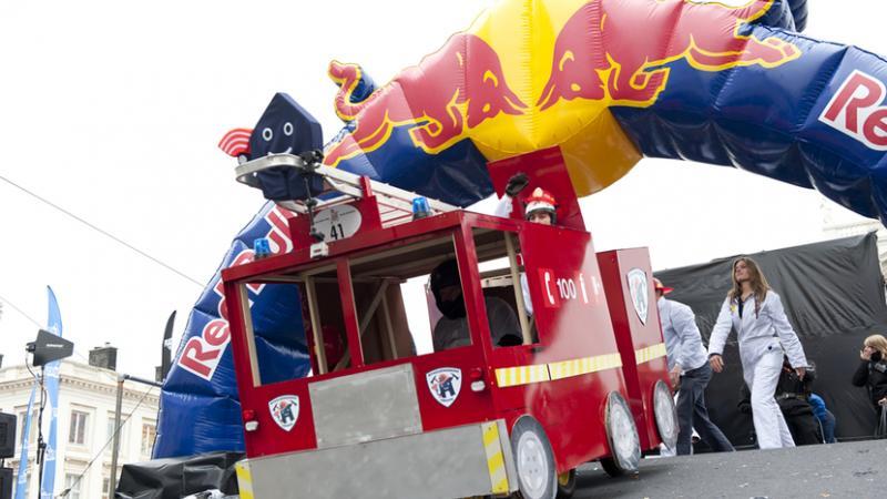 Red Bull Autos Locos se presenta en Barcelona, España