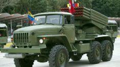 Apresan a 66 militares venezolanos y a 34 presuntos paramilitares colombianos