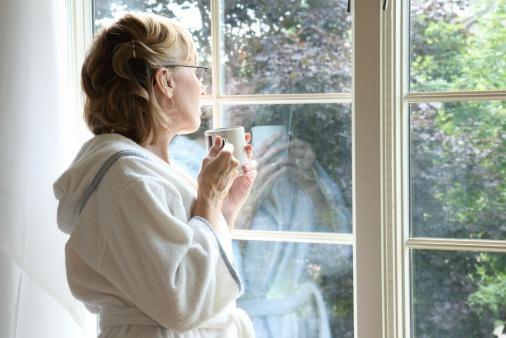 El adelanto de la menopausia puede alterar la calidad de vida de una mujer y tiene profundas implicaciones para la fertilidad y la salud Foto: Lilli Day/ Getty Images