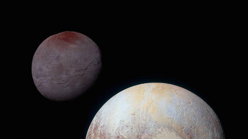 En la imagen puede observarse claramente a Caronte atrás de Plutón (NASA)
