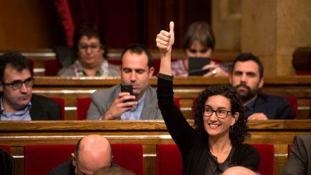 Cataluña aprueba histórica resolución para independizarse de España