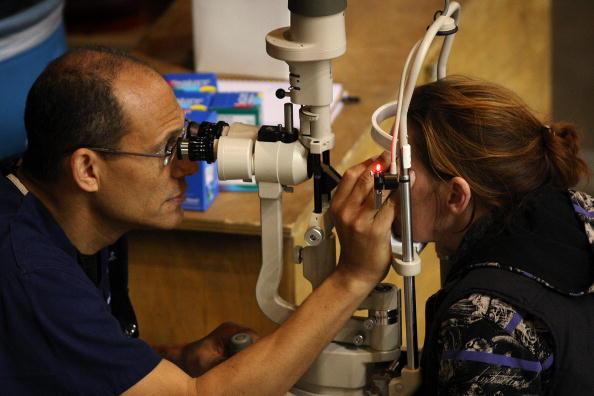 El 50% de la población mundial será miope en 2050.  (David McNew/Getty Images)