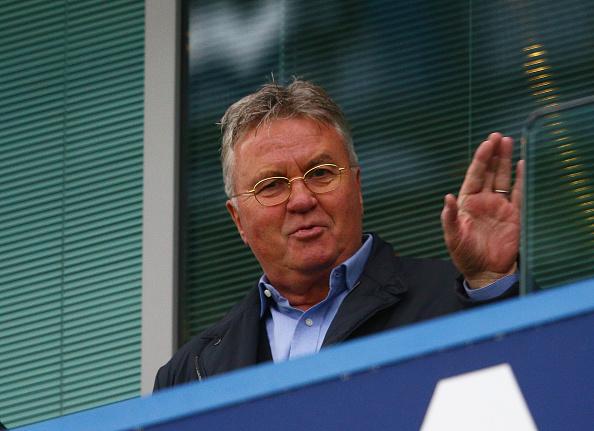 Chelsea nombra entrenador Interino Guus Hiddink (Foto por Clive Mason/Getty Images)