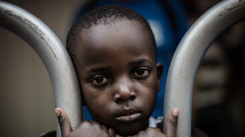 La capacidad de recuperase, la resiliencia que puede generarse en cada niño es algo frecuente, existente y esperanzador (Photo credit should read PHILIPPE LOPEZ/AFP/Getty Images)