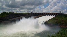 La represa Itaipú de Paraguay, lucha contra las consecuencias de El Niño