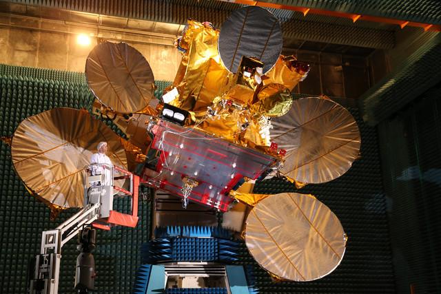Lanzamiento del satélite Express AMU 1 con tecnología española de Airbus.  (AIRBUS DEFENCE AND SPACE)