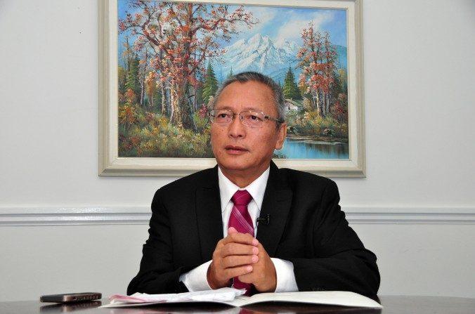 Xie Weidong, un ex juez de la Corte Suprema del Pueblo del régimen chino, en Toronto, Canadá, el23 de septiembredel 2015. (Zhou Xing / La Gran Época)