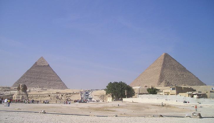 Pirámides de Keops y Kefrén, en Egipto. Foto: Pixabay.