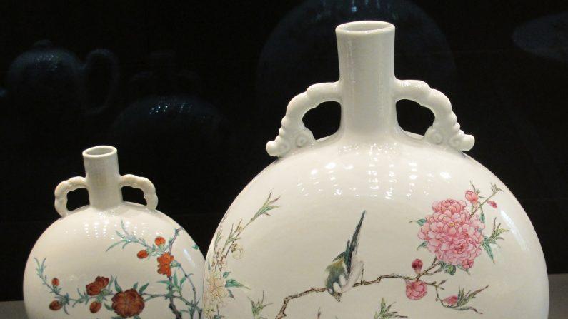 La porcelana era muy valorada en la antigua China, donde logró un nivel de refinamiento único que se sigue apreciando hasta el día de hoy. Foto: wikipedia