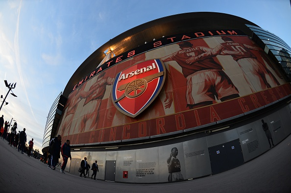 Muestra el exterior del Emirates Stadium en el norte de Londres de fútbol de la UEFA Champions League del Arsenal (Photo credit should read GLYN KIRK/AFP/Getty Images)