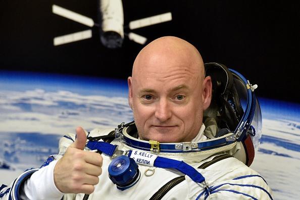 El astronauta Scott Kelly compartió espectaculares imágenes desde el espacio. (KIRILL KUDRYAVTSEV/AFP/Getty Images)