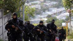 El Salvador: Policías exigen nuevamente bonos y mejoras laborales