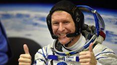 El astronauta británico Tim Peake realiza histórica caminata espacial