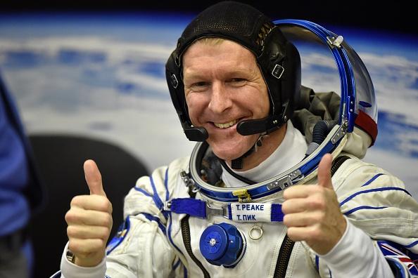 Comienza la primera caminata espacial de un astronauta británico. (KIRILL KUDRYAVTSEV/AFP/Getty Images)
