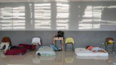 México recibirá a migrantes cubanos varados en Costa Rica