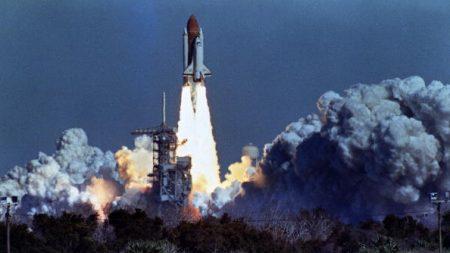 NASA honra a astronautas del Challenger