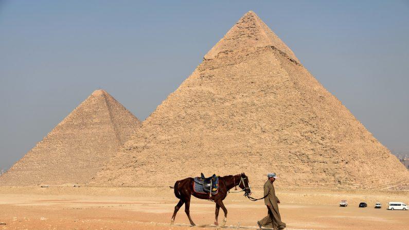 Pirámide de Egipto  (Photo credit should read MOHAMED EL-SHAHED/AFP/Getty Images)