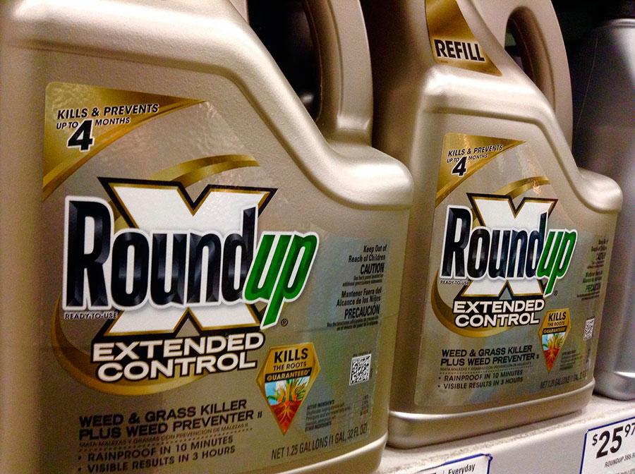 Roundup de la empresa Monsanto. (Foto: Mike Mozart /Flickr)