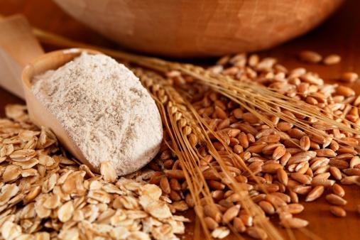 El gluten es un alimento que se puede obtener a partir de la harina de trigo y de otros cereales, pasando previamente por un proceso de lavado, en donde se le quita el almidón. Foto: MKucova/ Getty Images