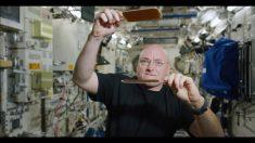 ¿Jugar ping pong con una pelota de agua en el espacio? La NASA lo hace posible