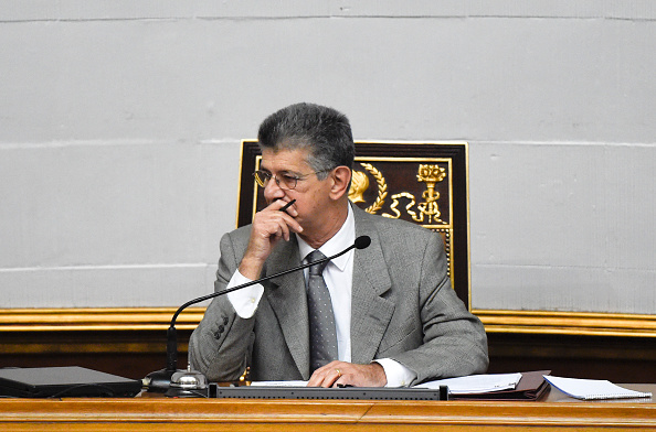 Jefe de Parlamento llama a acelerar propuesta de salida de Maduro del poder. (Foto: JUAN BARRETO/AFP/Getty Images)