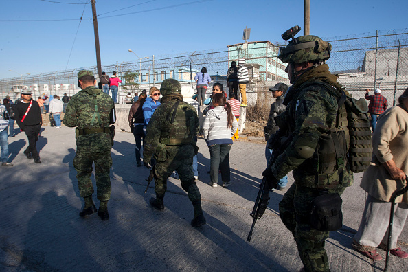 Procesan a exdirectora del penal de Topo Chico tras motín que dejó 49 muertos. (Foto: JULIO CESAR AGUILAR/AFP/Getty Images)