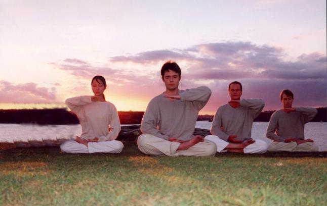 Meditación en Falun Dafa, ejercicios de QiGong. (Foto: Minghui.net)