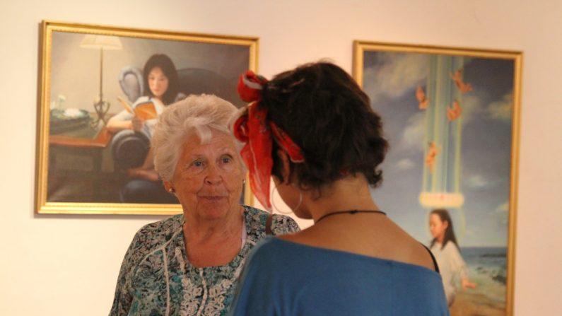 """La exposición internacional """"El Arte de Verdad Benevolencia Tolerancia"""" nuevamente conmovió al público chileno. En esta ocasión, se presentó en la Universidad ARCIS, en el marco de la primera Feria de la Biodiversidad, del 5 al 12 de febrero de 2016 en Santiago de Chile, Chile. (La Gran Época)"""