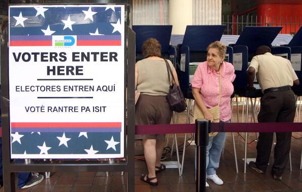 El voto latino enfrenta importantes y diversos retos. (Foto de G. De Cárdenas/Getty Images)