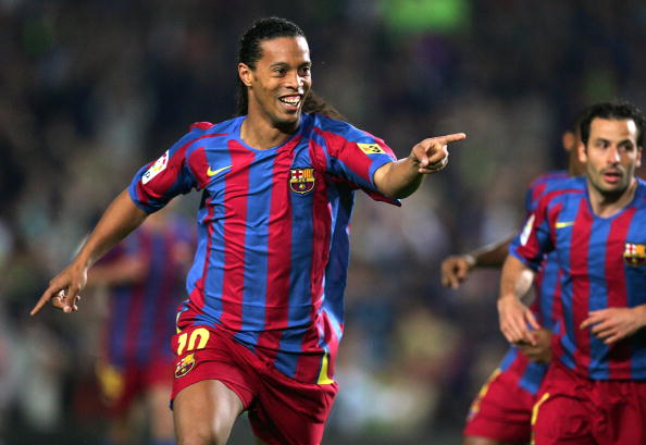 Ronaldinho, en su etapa en FC Barcelona. (Denis Doyle/Getty Images)