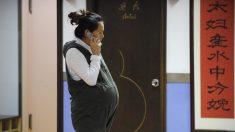 El contrato en una escuela china dicta cuándo una profesora puede quedar embarazada
