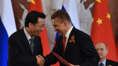 China se aprovecha de empresas de energía con problemas de capital