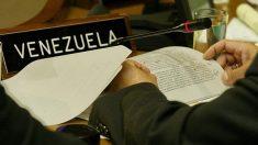 EEUU defiende sus sanciones a Venezuela ante retirada diplomático venezolano